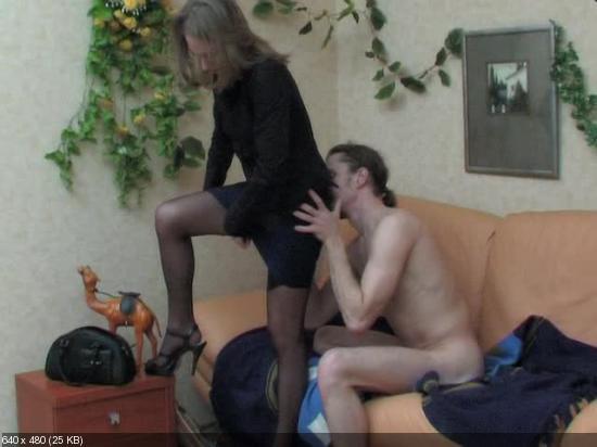 porno-v-zabitom-avtobuse