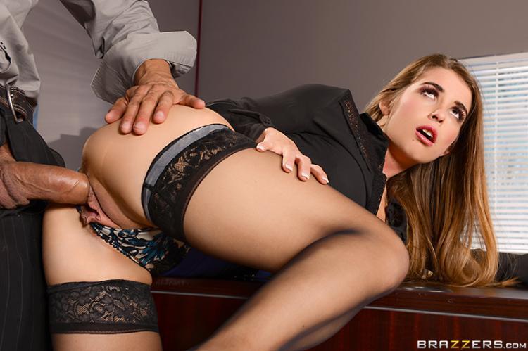 секретарша с хуем в жопе фото