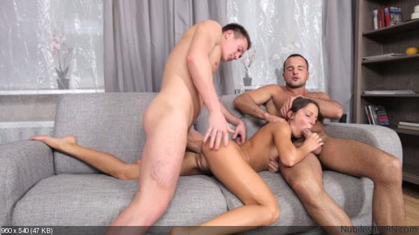 porn triangle di foxy Nubiles love