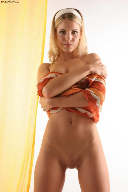 Glamour: Iveta - The Best Blonde (26*10*2014)