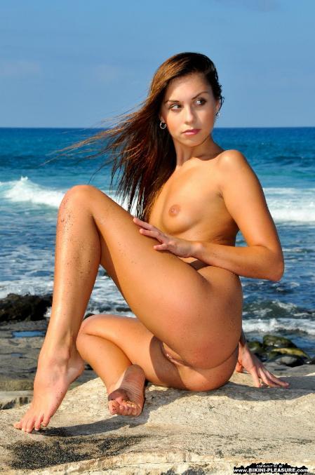 Bikini-Pleasure: Sabrisse - Agry (13*11*2014)
