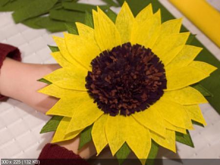 Цветы из гофрированой бумаги 5dc7e52efe6a6a38504e6e20202531cf